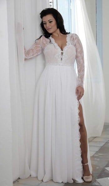 Long sleeve lace plus size wedding dresses wedding for Plus size lace wedding dresses with sleeves