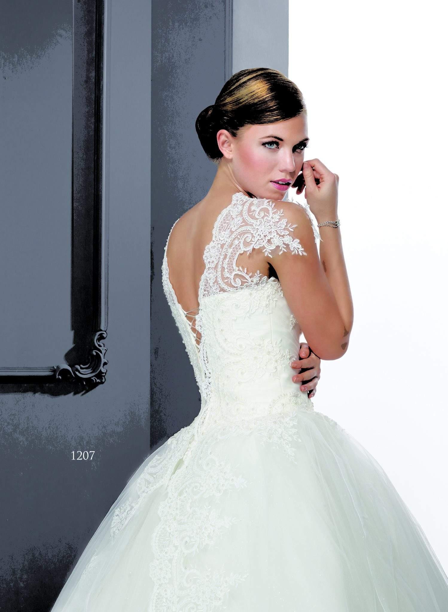 Flügelärmeln Hochzeit Ballkleider - Darius Cordell Fashion Ltd