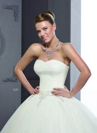 Strapless Sweetheart Wedding Dresses