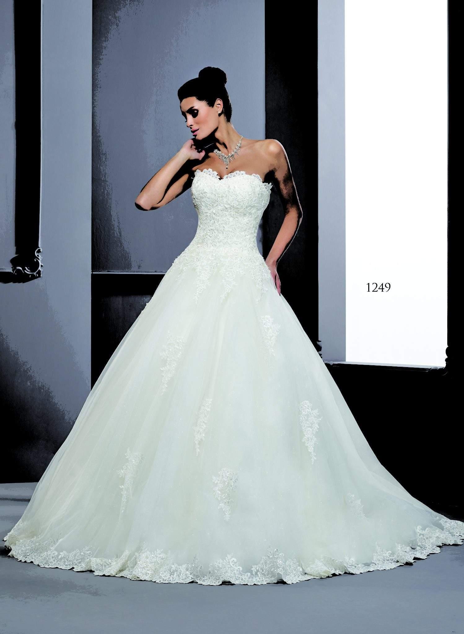 Traditionelle Brautkleider in Spitze - Darius Cordell Fashion Ltd
