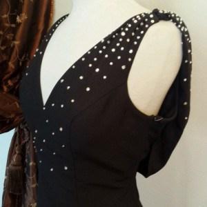 black v neck formal dresses