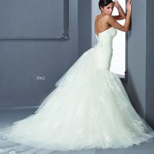 Organza train Wedding Dresses with Lace Up Back