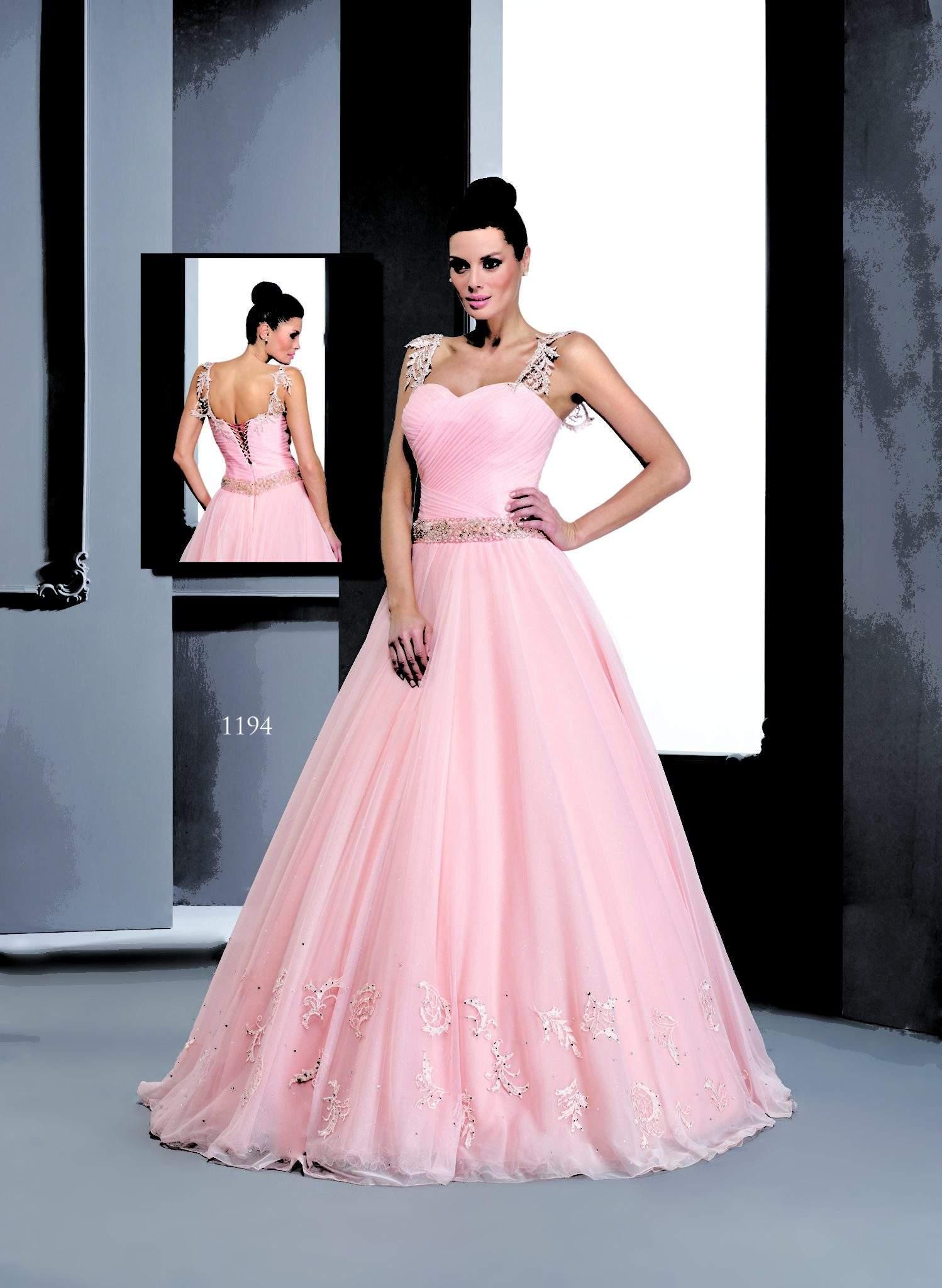 Vestidos de bola rosa acanalada con correas - Darius Cordell