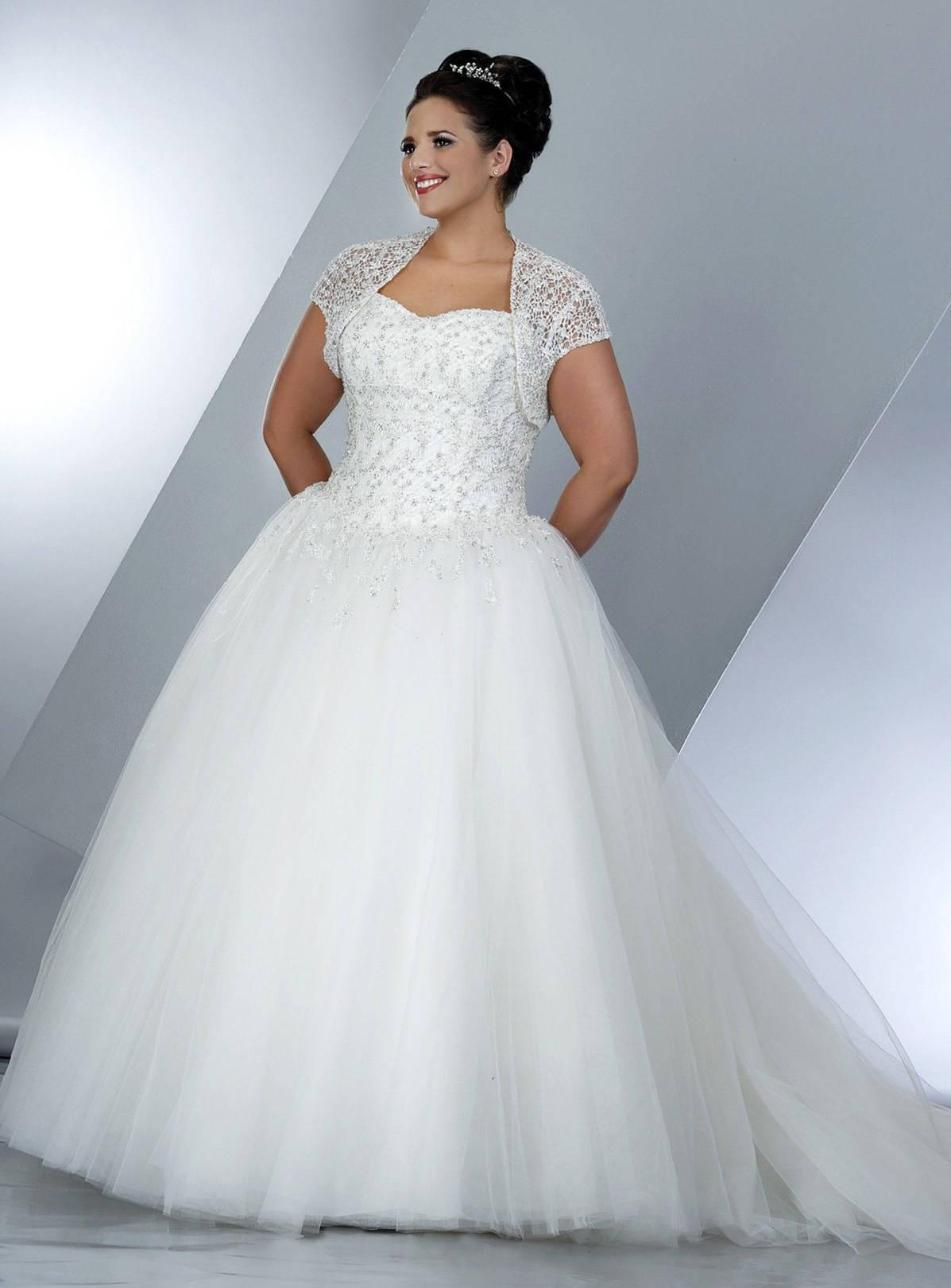 Plus size wedding ball gowns with short sleeve shrug jacket for Wedding dress jackets plus size