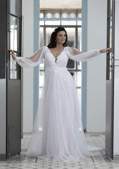 Loose Long Sleeve Wedding Dress for Plus Size Brides