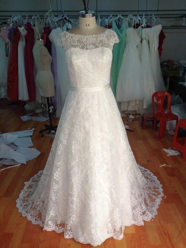 Atemberaubend Bescheidene Brautkleider Plus Size Bilder ...