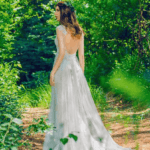 backless outdoor wedding dresses