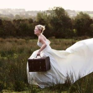 Bride running late becasue of a rush order on her wedding dress - Darius Cordell