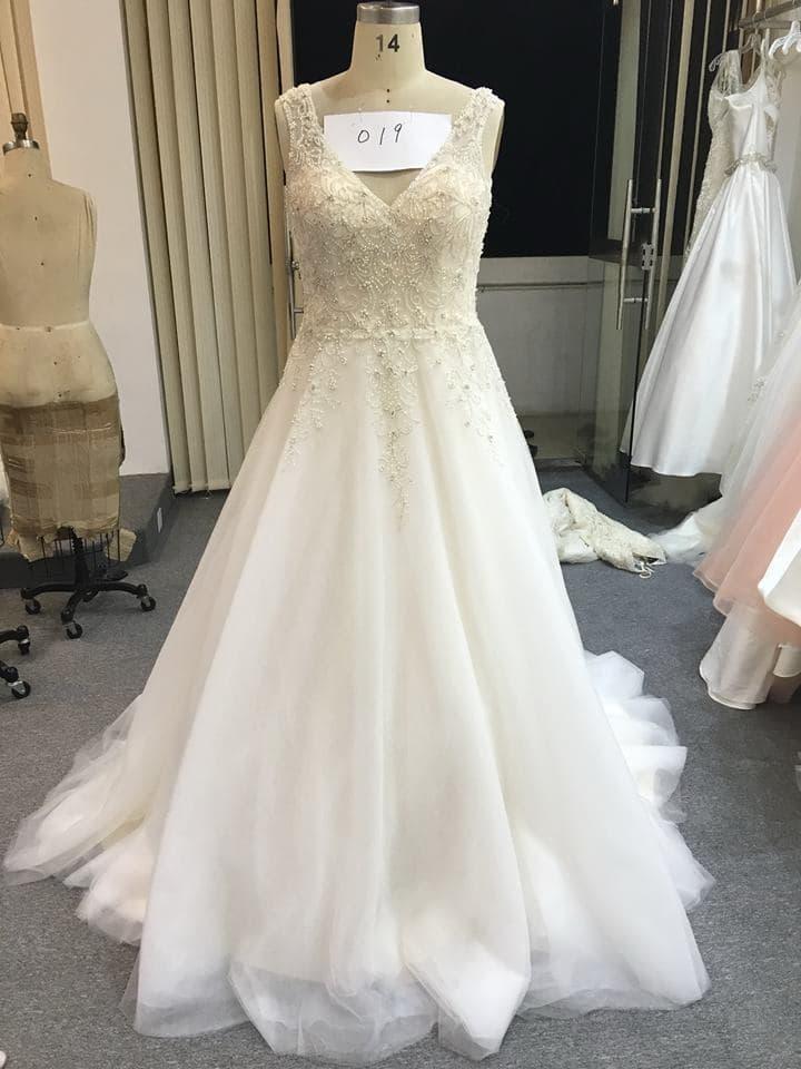 Sleevless a-line plus size Brautkleid von Darius Bridal