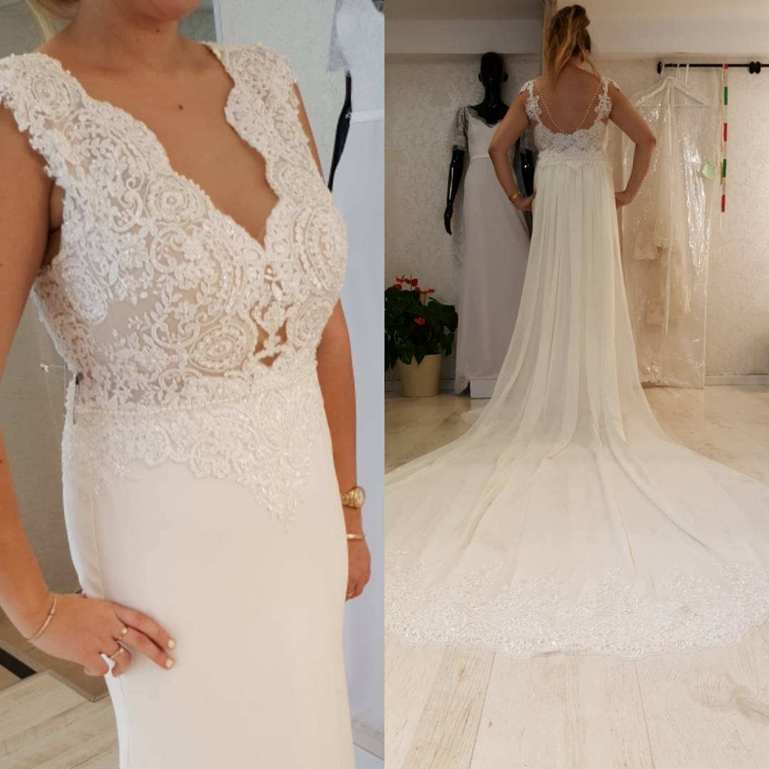 Empire Waist Wedding Dress: Plus Size Empire Waist Wedding Dresses