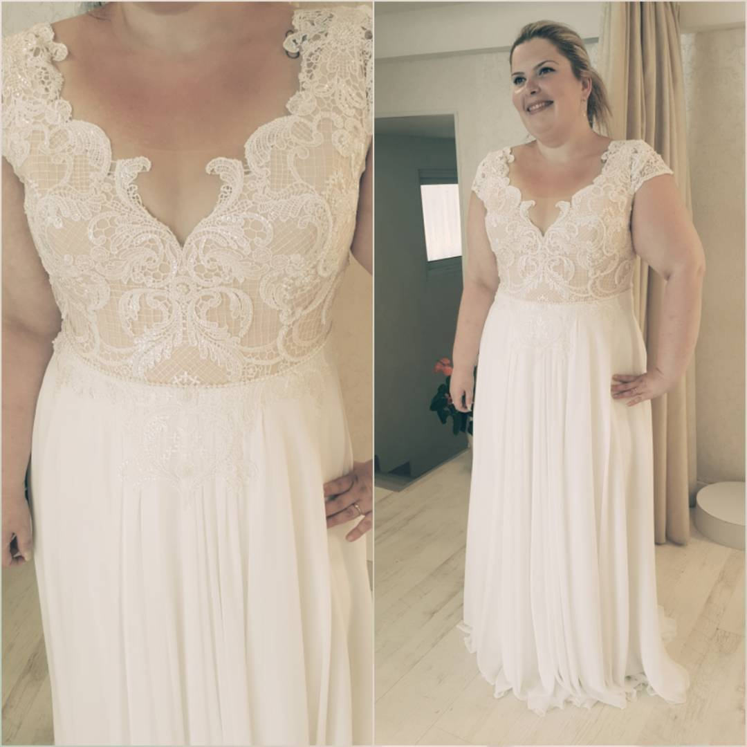 Plus Size Empire Waist Wedding Dress: Empire Waist Plus Size Wedding Dresses