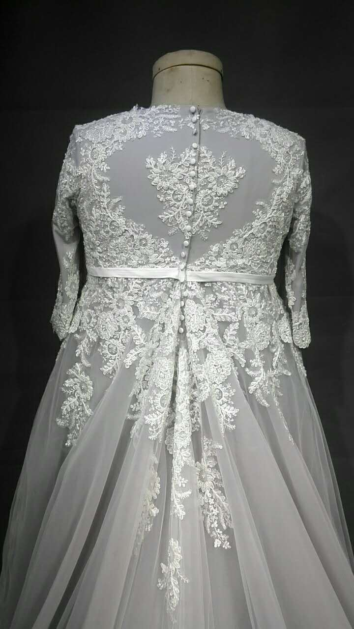 Three quarter length sleeve plus size wedding dresses for Colored plus size wedding dresses